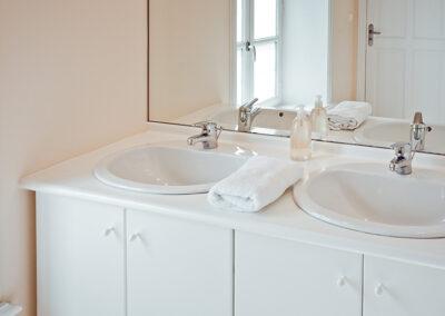 Domaine de Vincenti | Le Bassin - Salle de bain